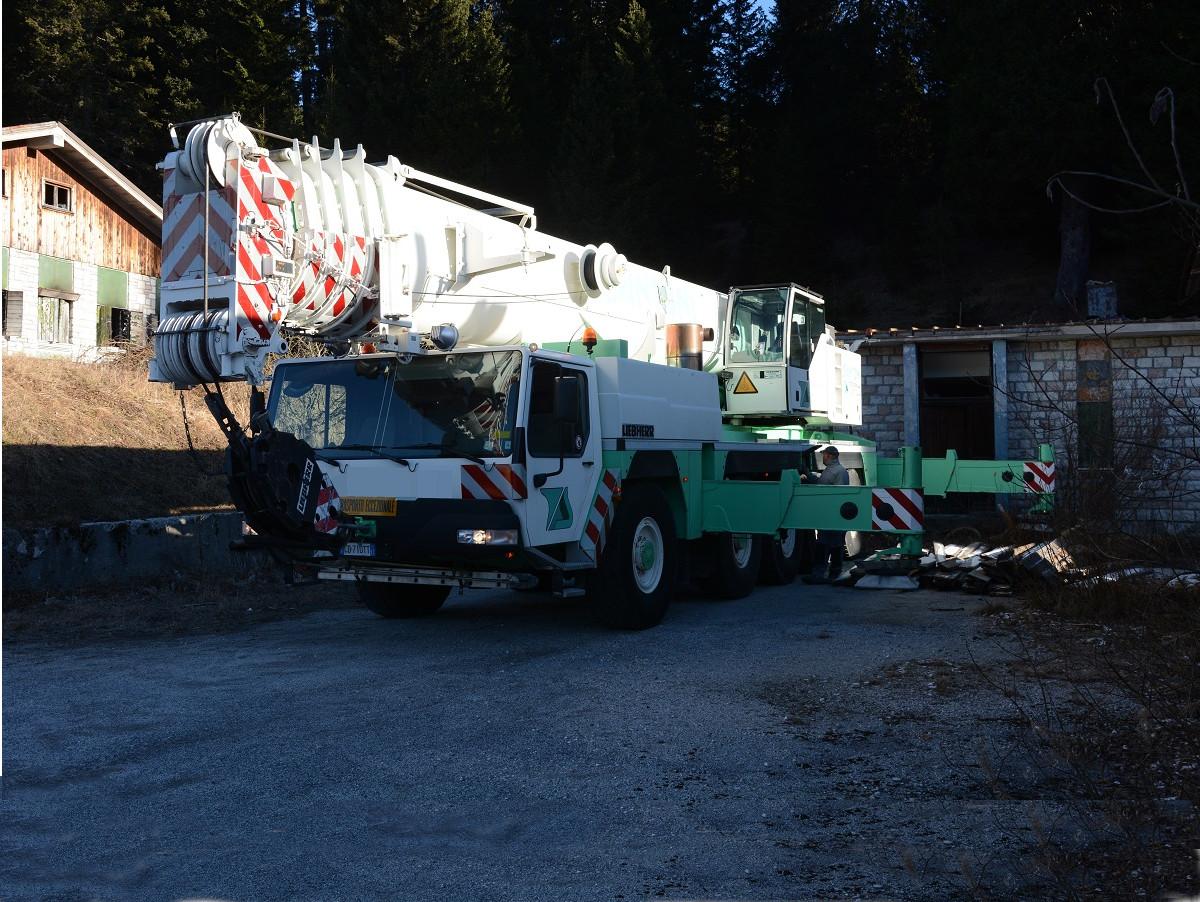 Autogru Trento 200 ton