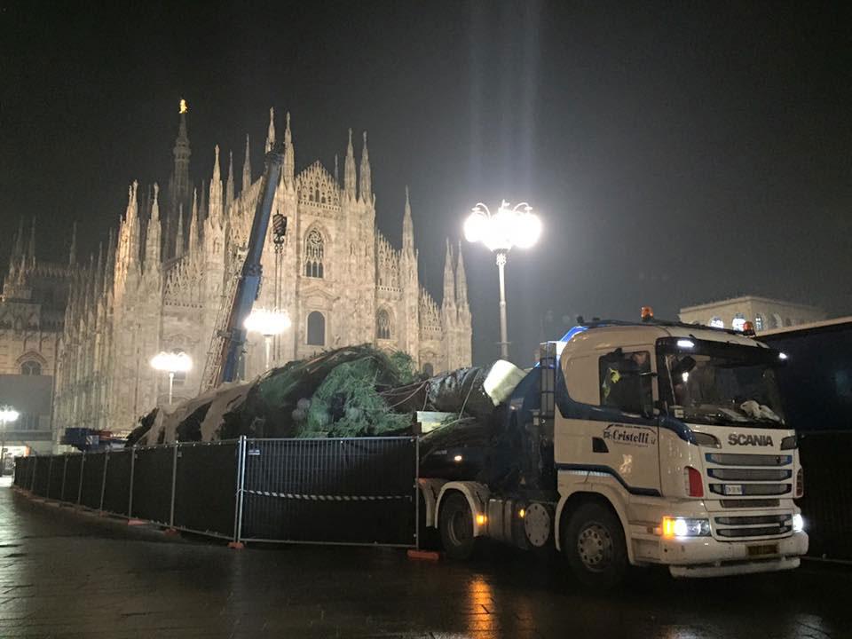 Cristelli - Trasporto eccezionale, l'arrivo a Milano